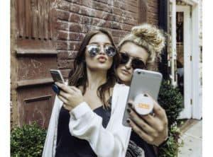 Das ist ein GADGET aus den USA:     Popsockets® sind nützliche multifunktionale Accessoires für Ihr Mobiltelefon.
